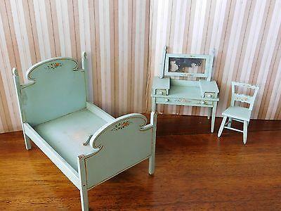 TynieToy Tynie Toy Antique Wooden 3 PIECE BEDROOM SET Miniature