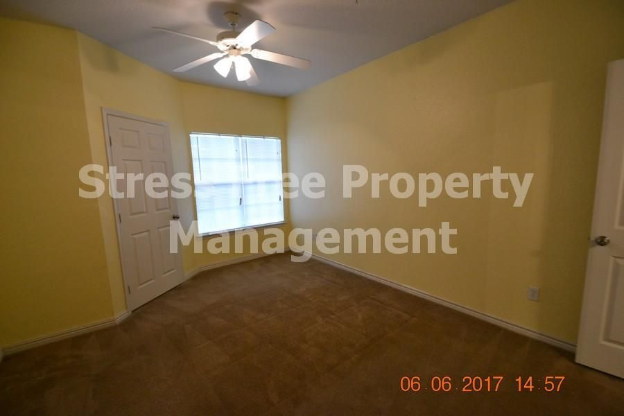 4323 Bayside Village Dr. 308 Tampa, FL 33615 Property
