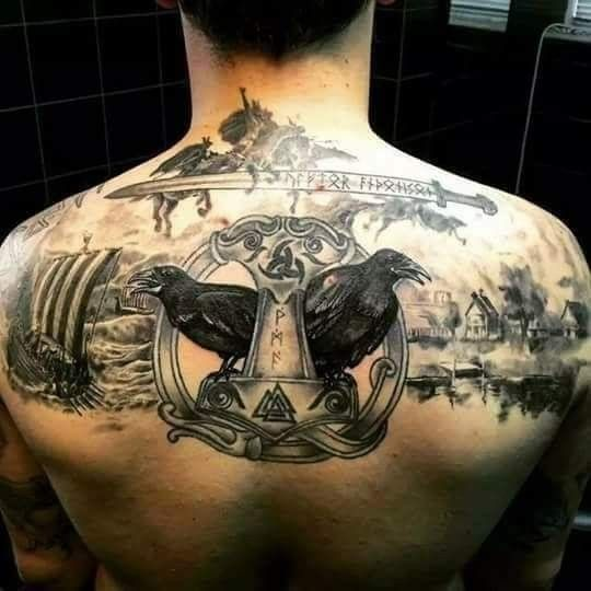 pingl par ragnarlerouge sur tatoo tatouage viking tatouage et tatouage homme. Black Bedroom Furniture Sets. Home Design Ideas