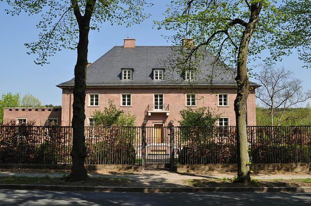 Georg mosler house i architekt ludwig mies van der rohe i - Casa perls mies van der rohe ...