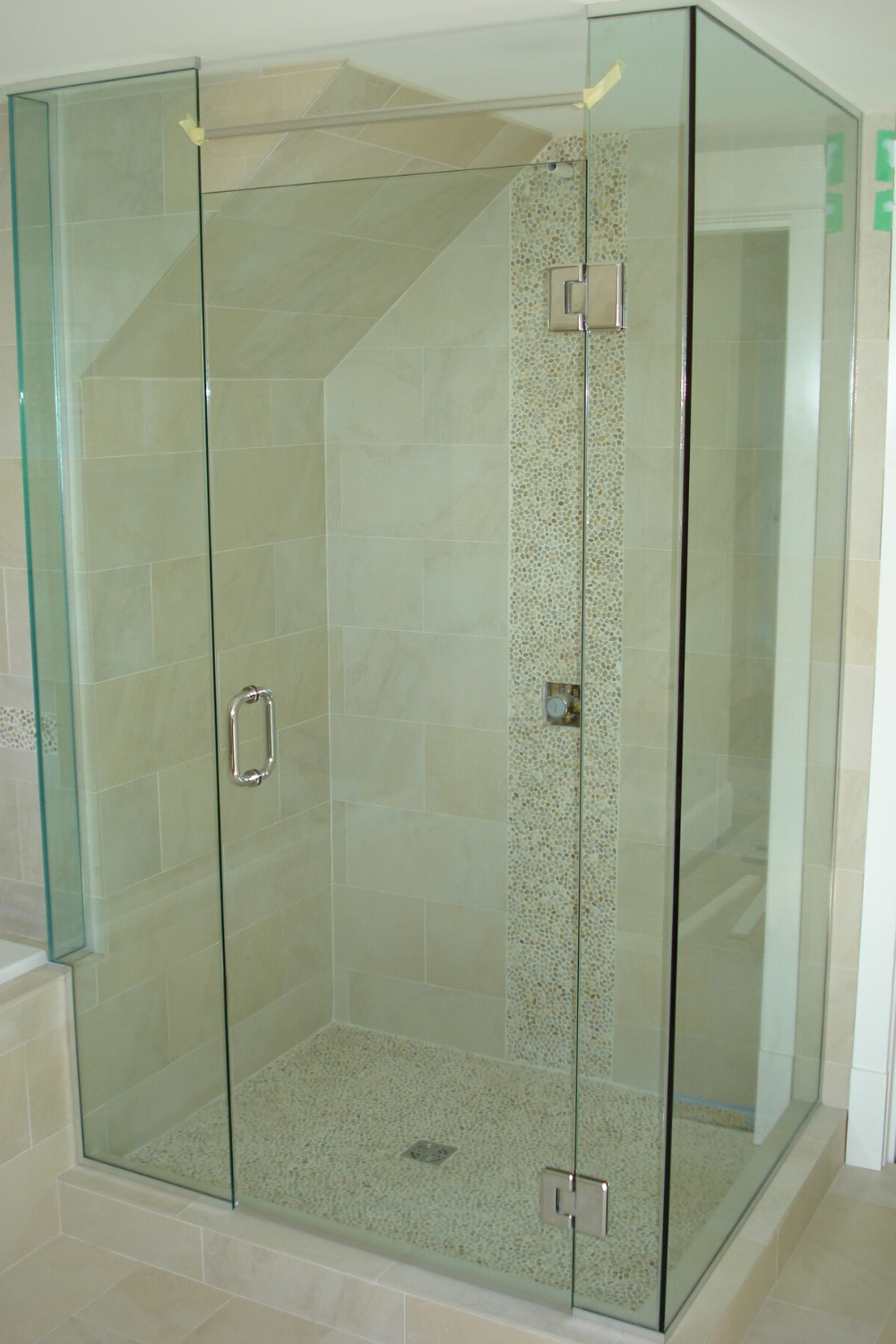 Are You Looking For A Glass Shower Door To Revamp Your Bathroom