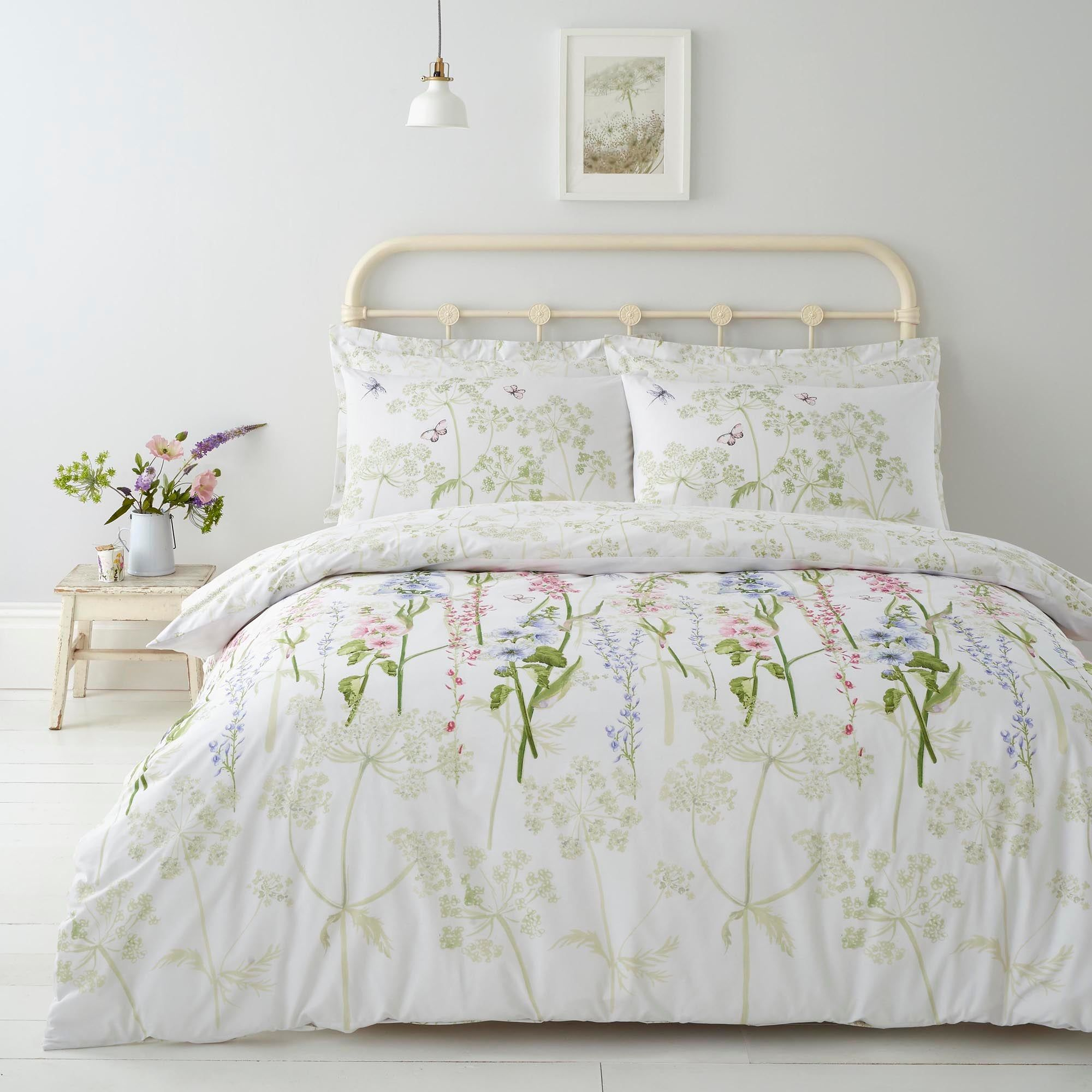 Elegant Felicity Floral Print Quilt