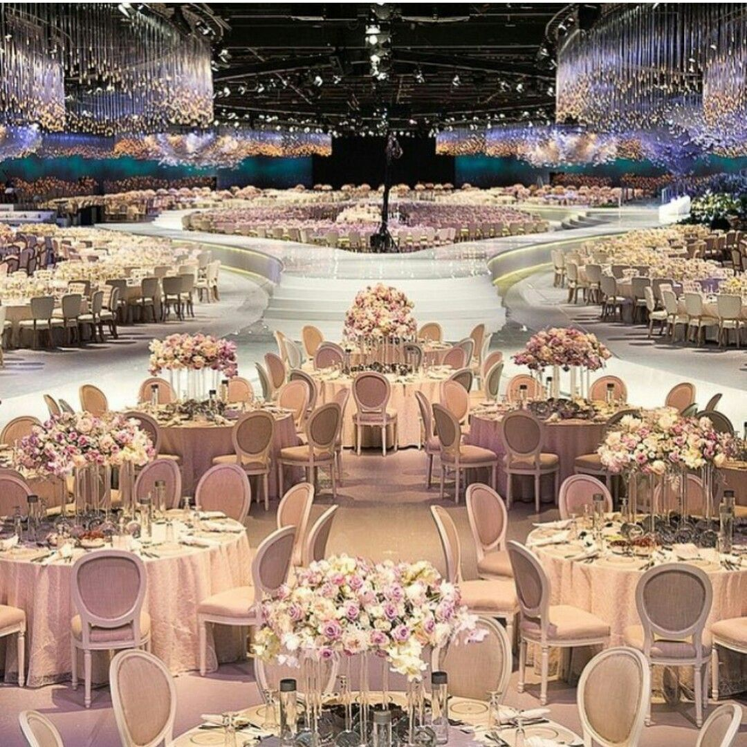 Luxury Wedding Reception With A Perfect And Awesome: Beautiful Wedding Reception #designlabevents #creativity