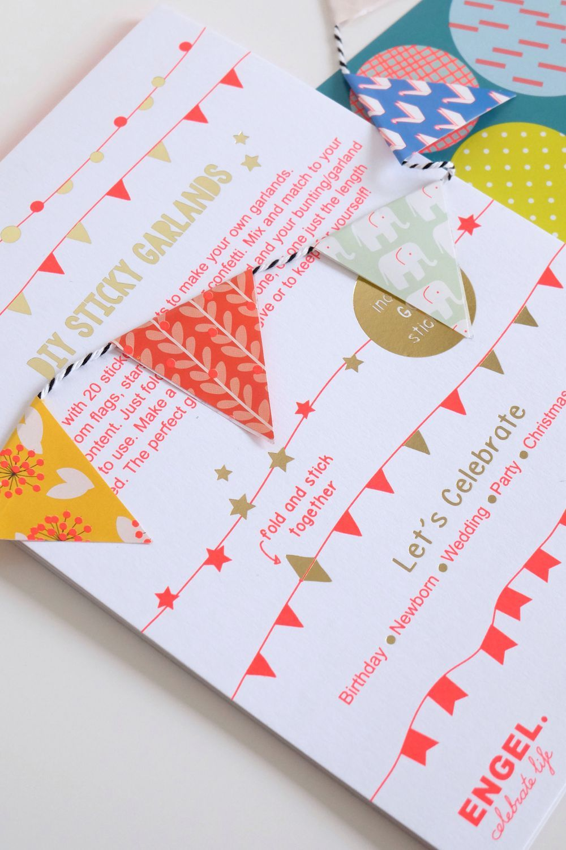 DIY sticker/slinger boekje via Hutshop. Click on the image to see more!