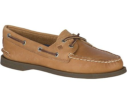 When to Wear Loafers vs. Boat Shoes | Boat shoes, Sperrys, Shoes