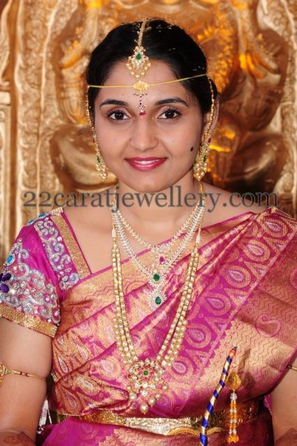 Telugu Bride in Kundan Wedding Jewelry | 22caratjewellery | Telugu