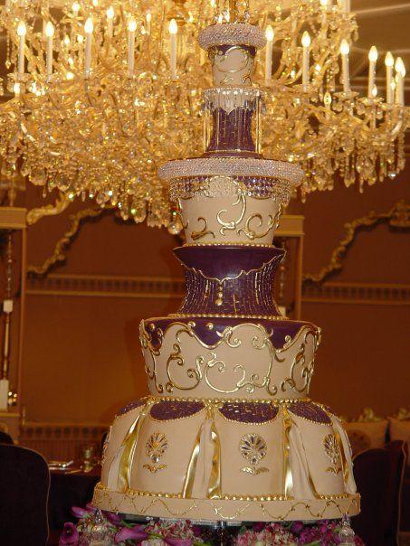Royal Wedding Cake in Kuwait
