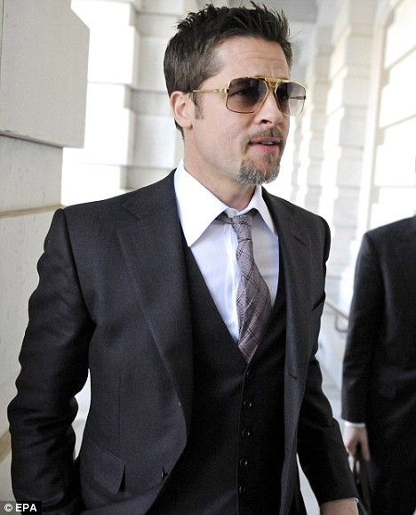 Meet Joe Grey  Brad Pitt shows his age with silver goatee beard ... 53fbb8930e