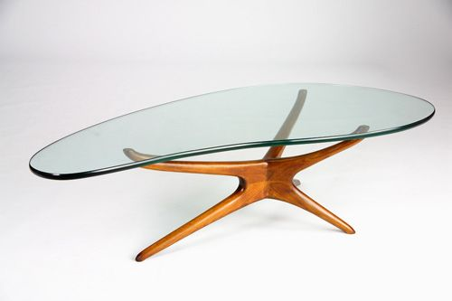 23 VLADIMIR KAGAN Tri Symmetric coffee table with amoe on