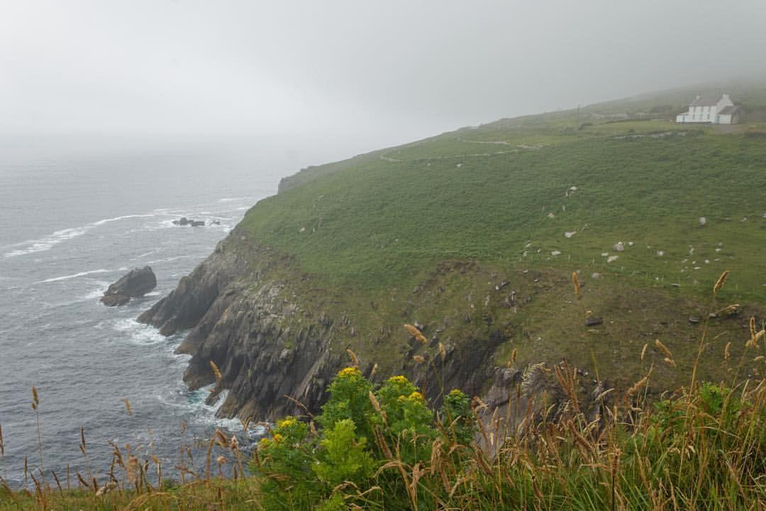 Dingle Peninsula County Kerry Ireland Dingle Dinglepeninsula Countykerry Kerry Sea Cliffs House Travel Land County Kerry Travel Photography Ireland