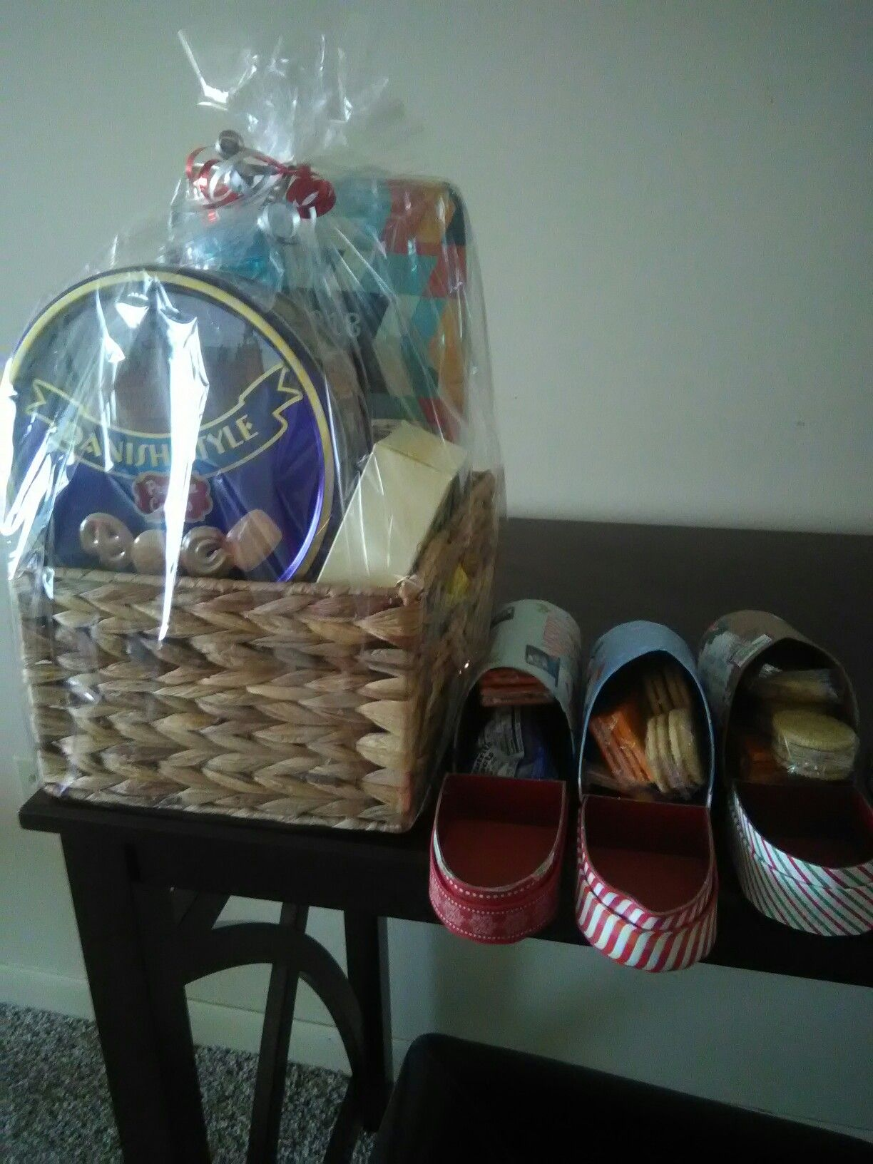 Gift basket n mailbox with goodies inside basket