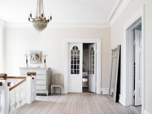 Another Beautiful Palette Cream Walls White Trim Are Genteel Feminine Gray Artistic Masculine These The Two Basic Neutral