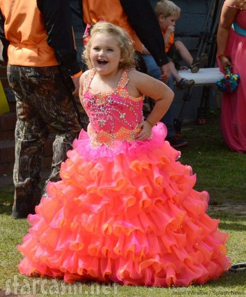 Honey Boo Boo S Mama June S Camo Wedding Dress Hot Pink Camo Wedding Dress Wedding Dresses Orange Dress Wedding