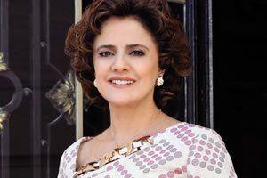 Representando a Irene, é considerada uma brilhante dona-de-casa, mulher, mãe e avó. Dona Nenê, como é mais conhecida, é adorada por todos da vila. Desperta até a paixão de Beiçola, o ator Marcos Oliveira. A atriz está no papel desde o início da série, em 2001.