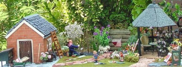 miniature shed and garden - many detailed photos