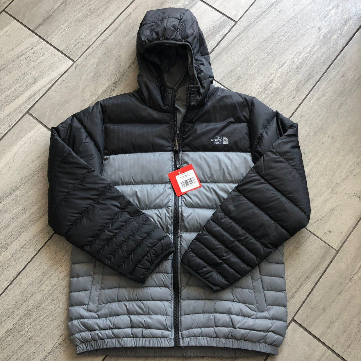 The North Face Boys Reversible Down Hooded Jacket Xl 18 20 21 3 4 From Armpit To Armpit Length 27 5 New With Tags R North Face Coat Jackets The North Face [ 1242 x 1242 Pixel ]