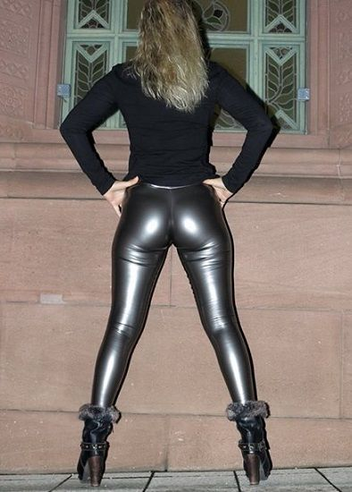 Nice ass tight leggings