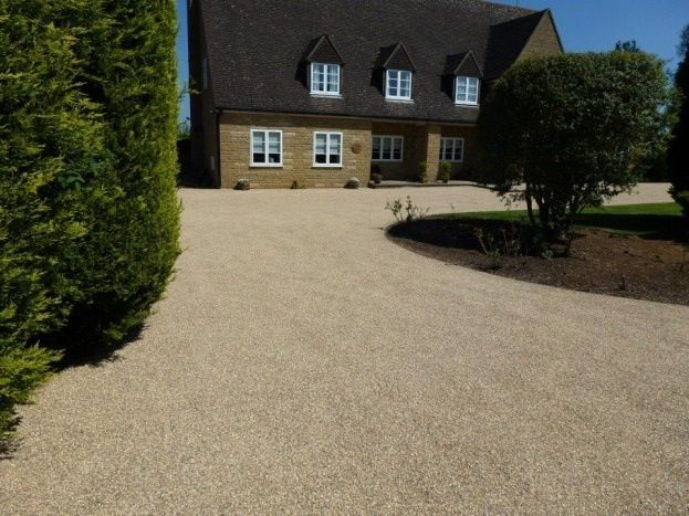 Residential Drive Way After Newly Placed Chip Seal Driveway Design Driveway Gravel Driveway