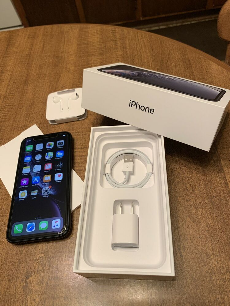 Apple iPhone XR 64GB Black (Unlocked) MINT Condition
