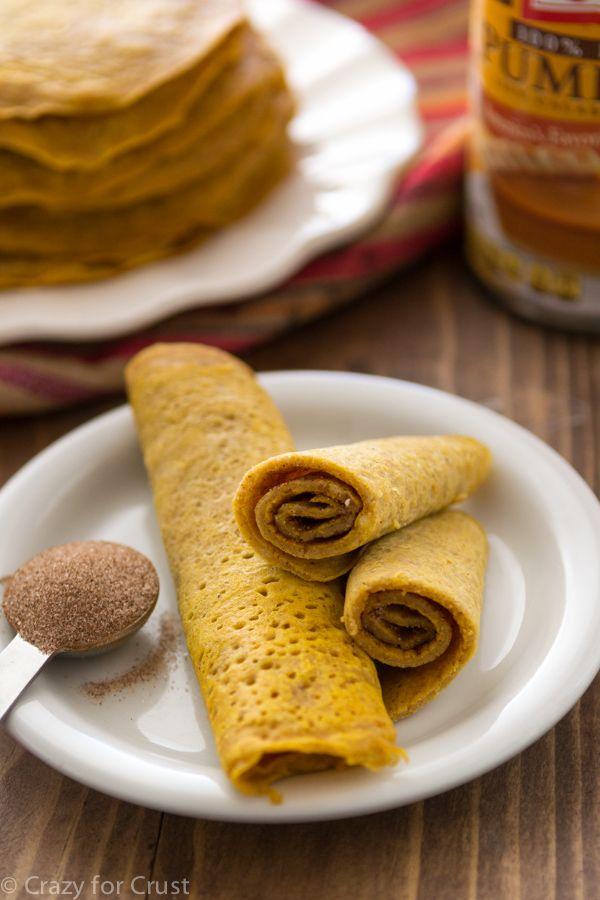 Cinnamon Sugar Pumpkin Pancake Rolls - let og transportabel, de er den perfekte morgenmad.