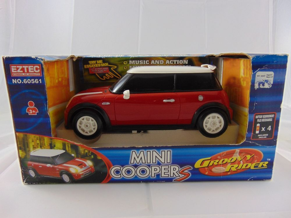 Red White Mini Coopers Battery Operated Groovy Rider By Eztec Age 3 Ebay Trinital Red Whiteminicoopers White Mini Cooper Red And White Mini Cooper S