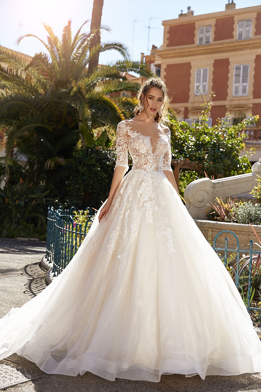 3 4 Sleeve Lace Ball Gown Wedding Dress In 2020 With Images
