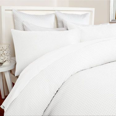 Koo Elite Chunky Waffle Quilt Cover Set Quilt Covers Bed Linen Bed Spotlight Site Au Bed Linen Sets Quilt Cover Sets Bed Linen Australia