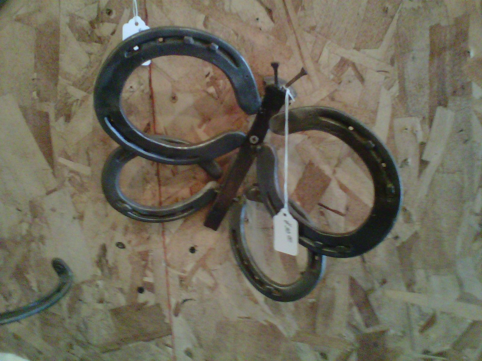 Horseshoe arts and crafts - Railroad Spikes And Horseshoes