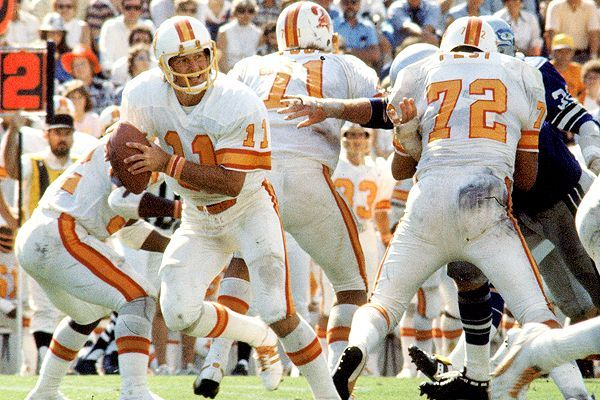 The Worst Teams Of All Time Part 24 The 1976 Tampa Bay Buccaneers Tampa Bay Buccaneers Tampa Bay Buccaneers Logo Tampa Bay Bucs