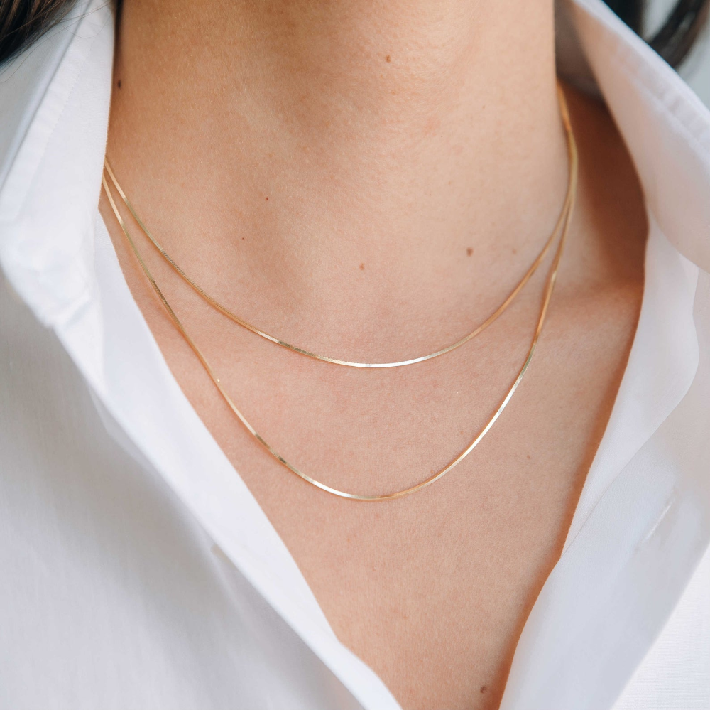 Pin By Jenni Melear On Accessories Gold Snake Chain Thin Gold Chain Chain Necklace