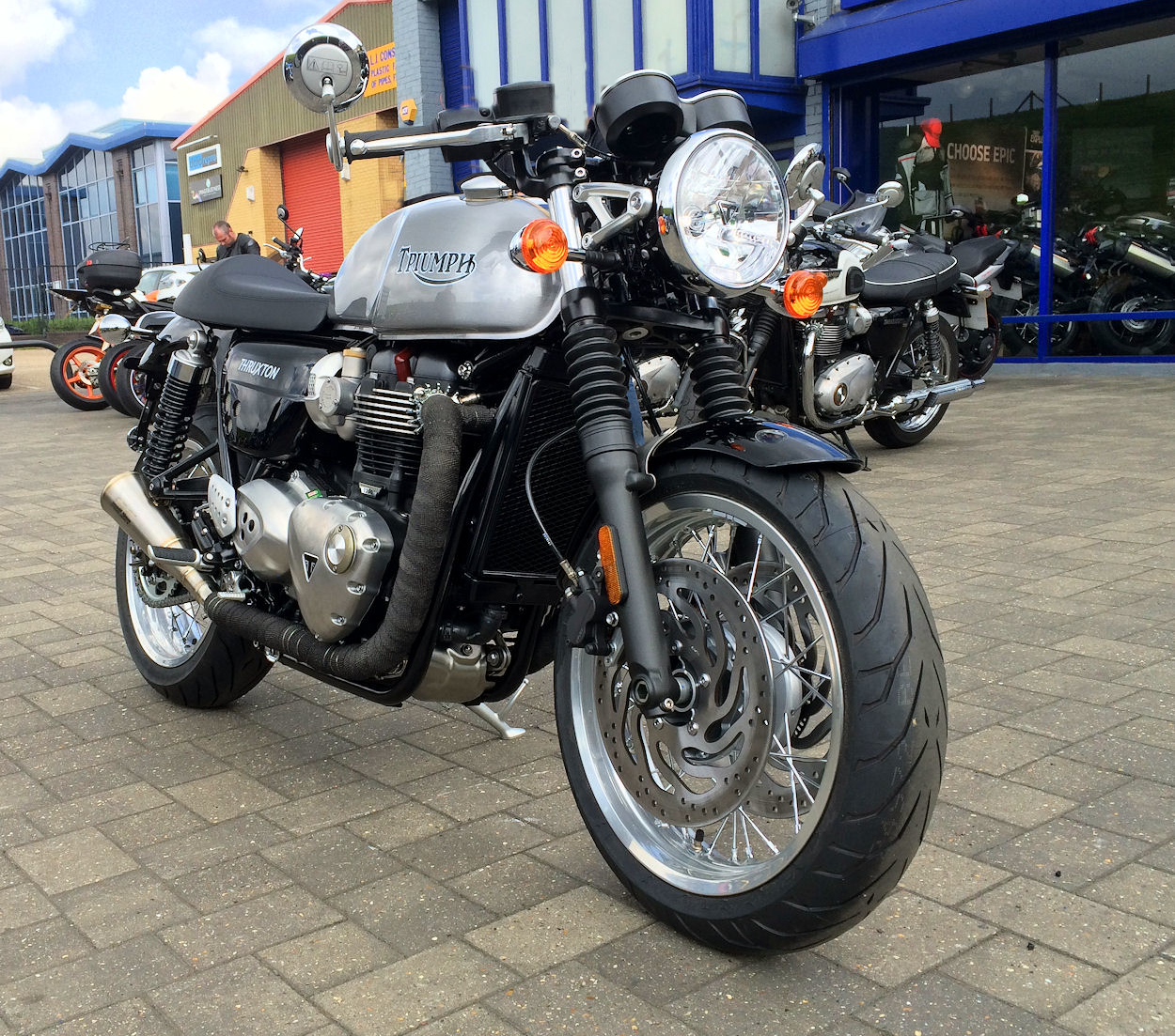 Triumph Thruxton Special Custom Paintwork Sc Project Exhausts And