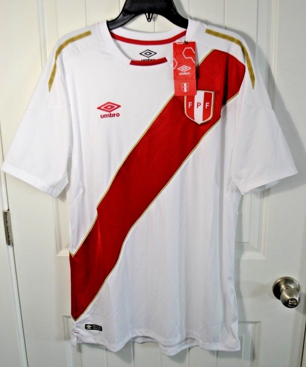 05f0ad270 NWT MENS UMBRO WHITE RED PERU HOME JERSEY RUSSIA WORLD CUP 2018 T SHIRT SZ