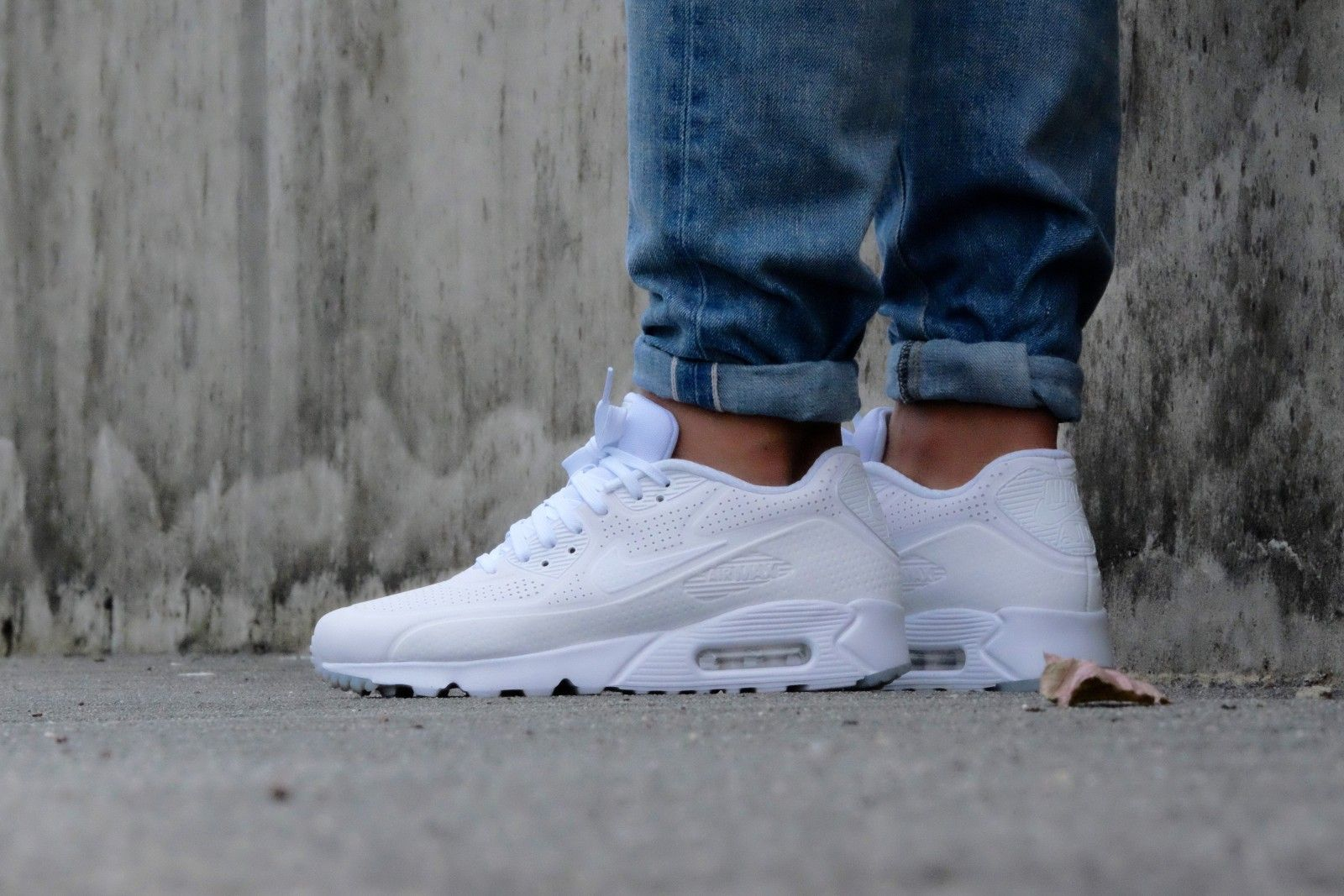 b6e2d76d Nike Air Max 90 Ultra Moire Triple White - 819477-111 | Stylish Eve ...