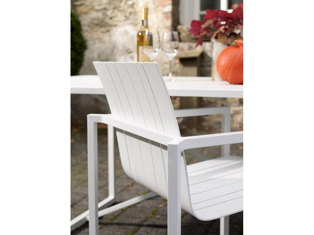 solpuri Outdoor Möbel // Pure Alu Stapelsessel in weiß