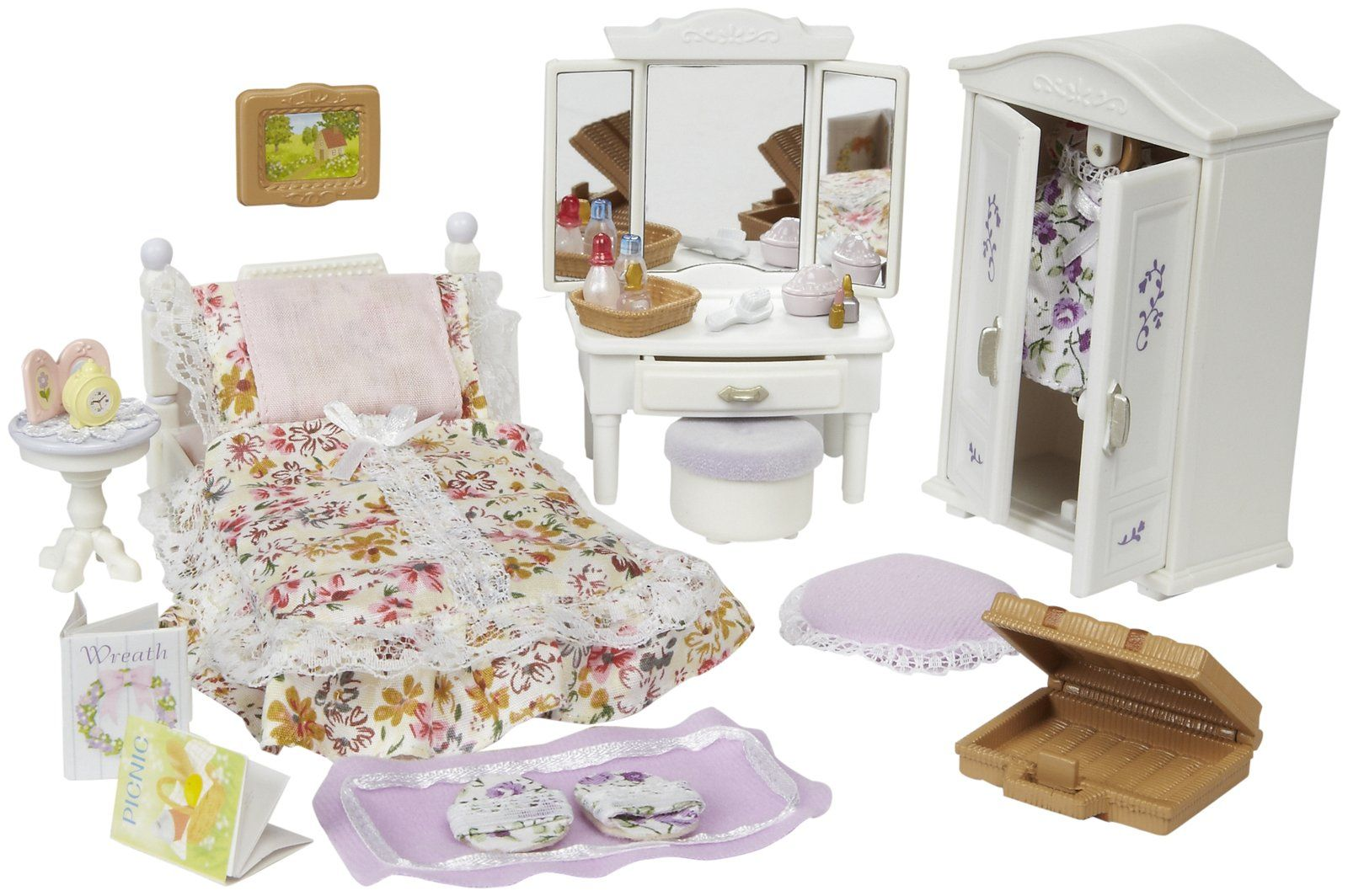 Calico Critters Girl\'s Lavender Bedroom. | Calico Critters Bedrooms ...