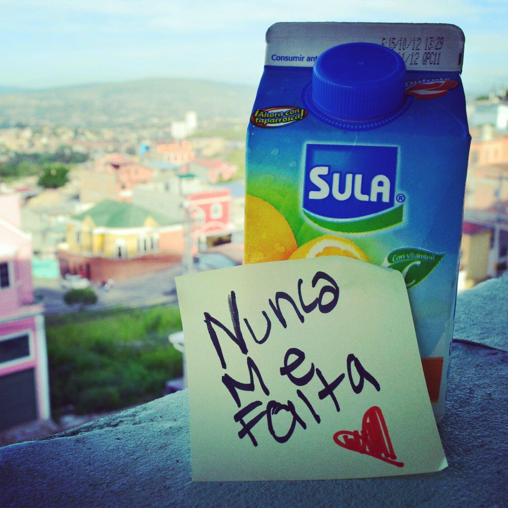 Nunca nos falta el delicioso sabor de nuestros jugos Sula :)