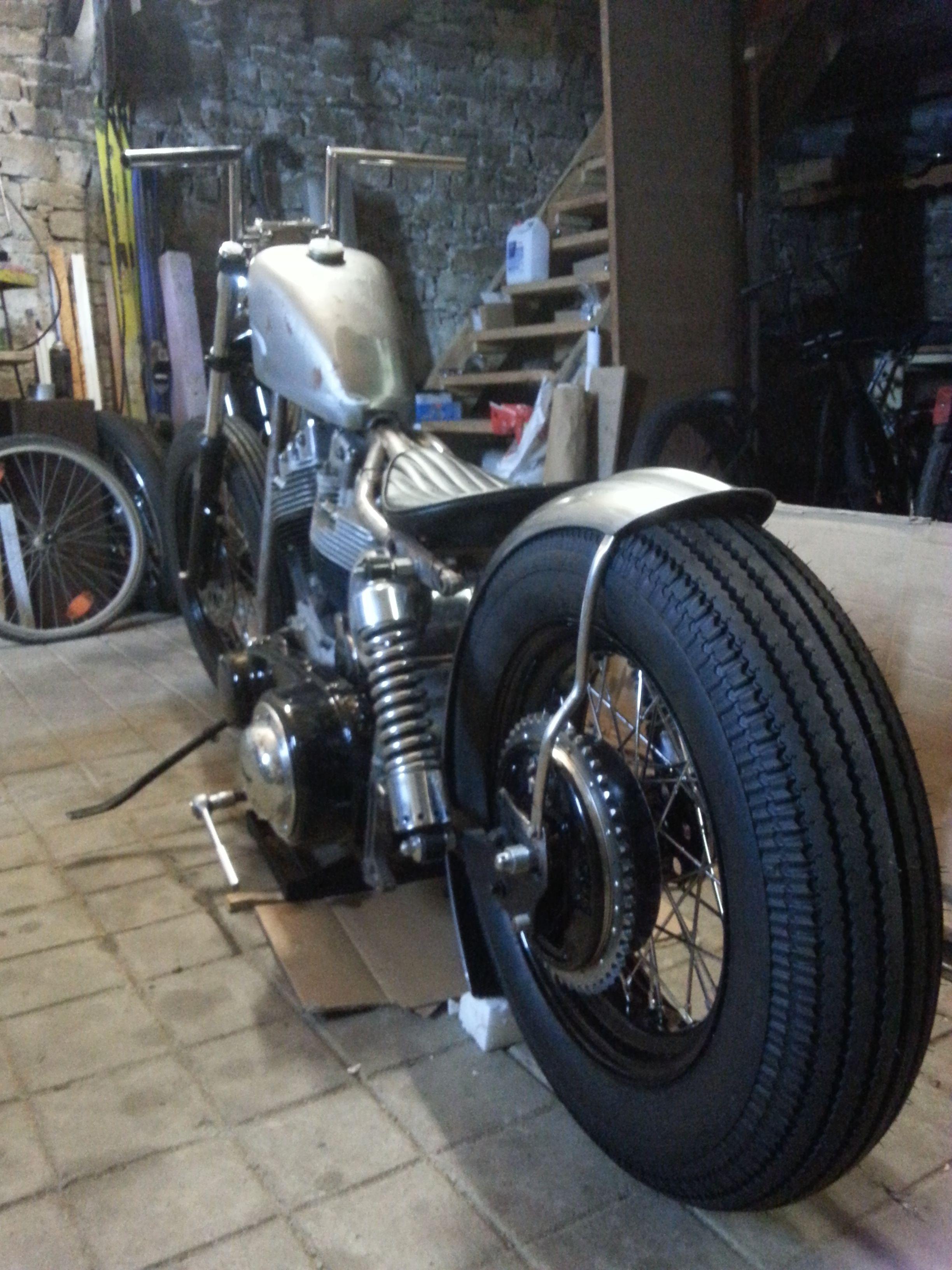 August 2015 Shovelhead Bobber Project Rear Wheel Custom Rim 4 00 16 And Shinko Shr 270 Classic Series Tire Thats A Nice View I D Say Avec Images Pneu Bobber Moto