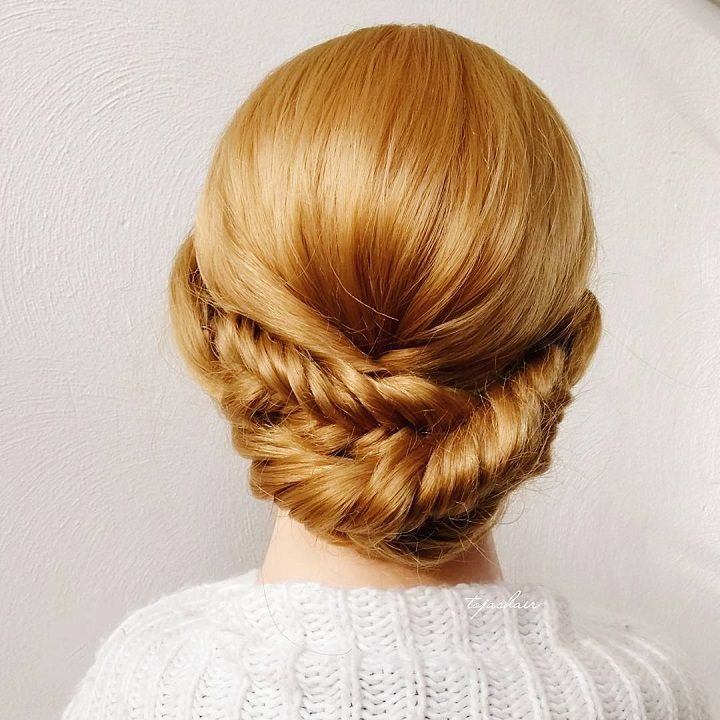 Elegant fishtail braided updo hairstyle,fishtail braid updo,braid updo,fishtail braids,crown braided updo hairstyle,gorgeous chignon hairstyle idea