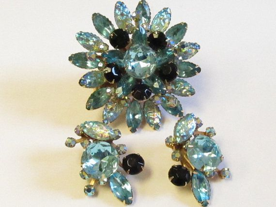 Vintage Judy Lee Aqua Blue and Black Iridescent by Lavendergems