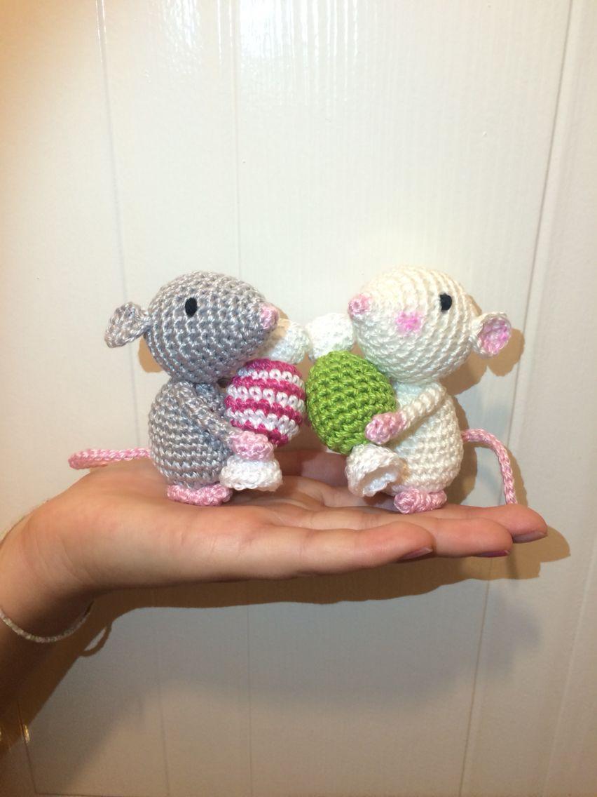 Crocheted christmas mice amigurumi crochet christmas ornaments holiday crochet crochet - Decoration au crochet ...