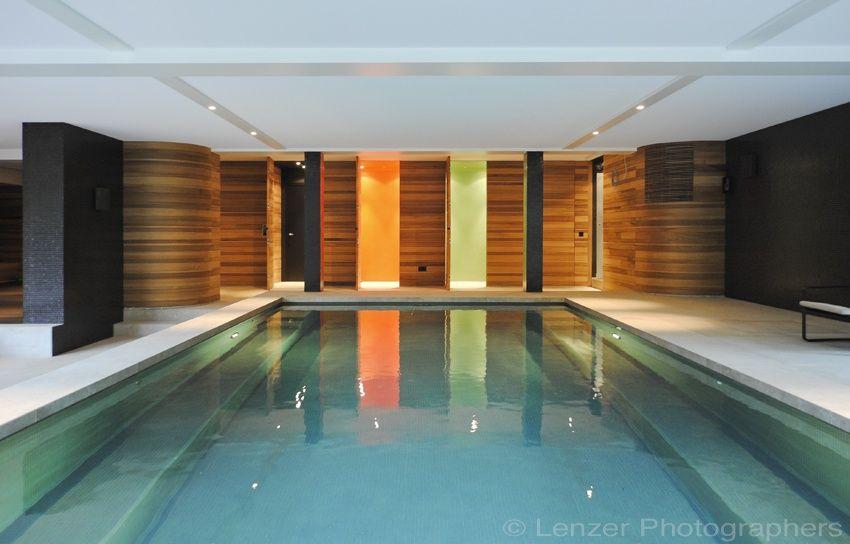 Design binnenzwembad aanleggen skimmerbad in glasmozai k for Binnen zwembaden