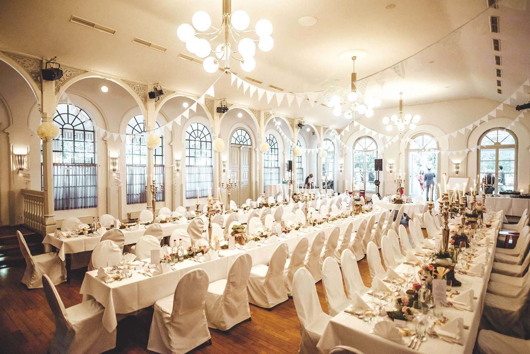 Zollenspieker Fahrhaus Festsaal Fur Hochzeit In 2020 Hochzeit Orte Hochzeit Haus