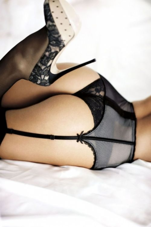 Garter Belts and Stilettos should be a wear everywhere look. I don't know why it's just for the bedroom... I wanna do a hot photo shoot..