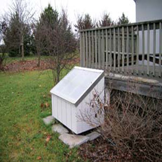 How to Build a Passive Solar Water Heater - Green Homes - MOTHER EARTH NEWS