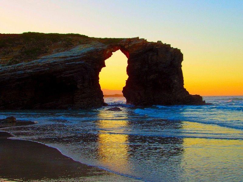 Praia Das Catedrais Ribadeo Galicia Spain Beautiful Beaches Most Beautiful Beaches Places In Spain