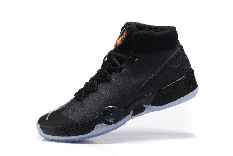 RÉPONSE EXPLOSIVE POUR LE VOL La chaussure de basket-ball pour hommes Air  Jordan XXX