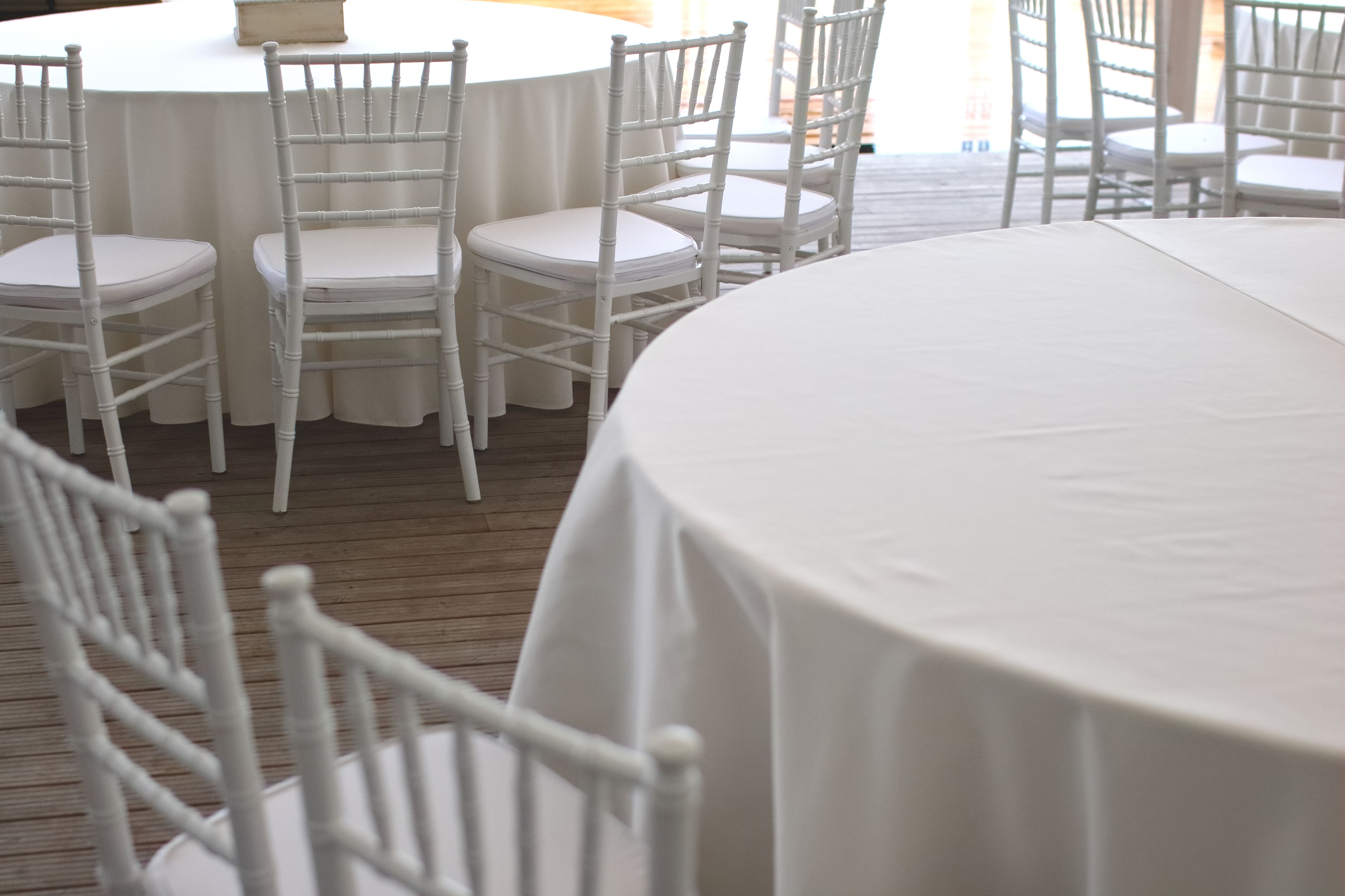 How To Clean Polyester Tablecloths Table cloth, Banquet