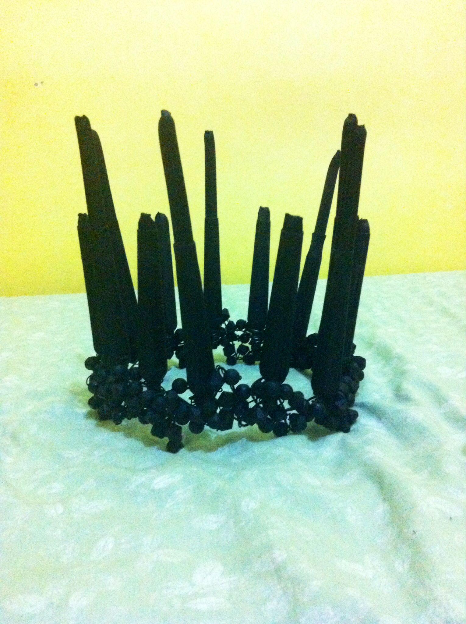 The black crystals crown...
