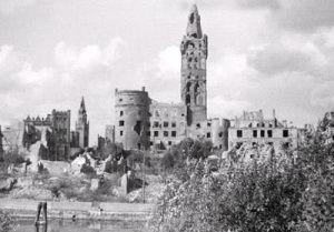 #CiudadesMártires2aGuerraMundial #Koenigsberg (hoy #Kaliningrad, Rusia), 1945.