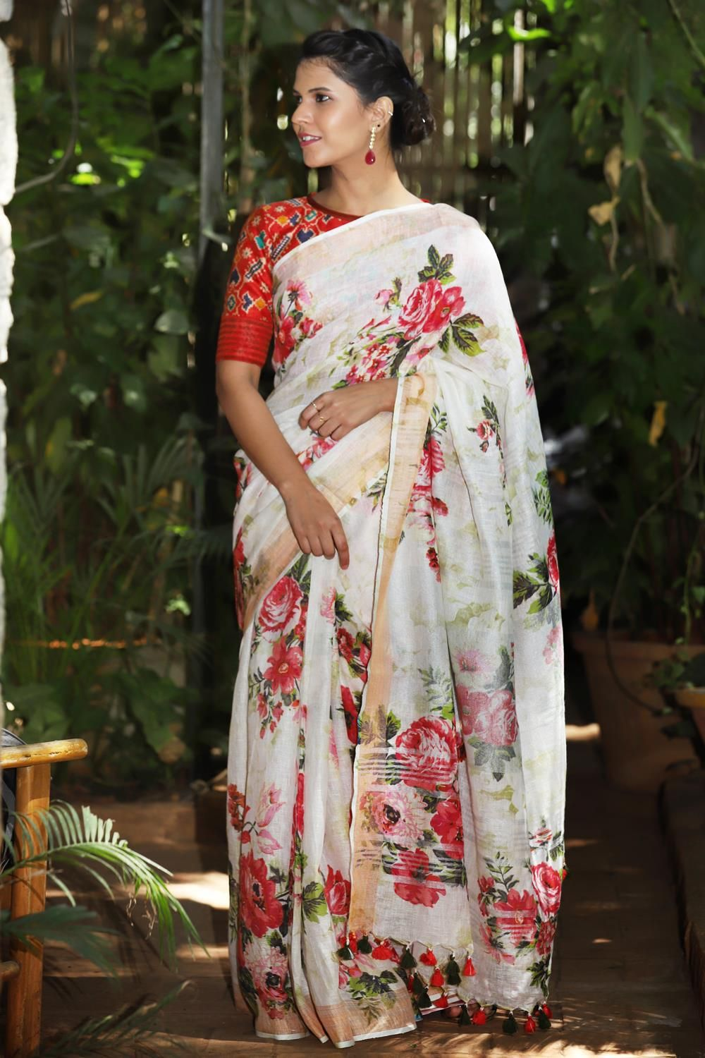 1bb8254939cc3 Off white linen saree with floral digital print and tissue border  saree   blouse  houseofblouse  indian  bollywood  style  designer  White  offwhite   red ...